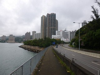 Hong Kong / New Territories / Tsuen Wan West to Sham Tseng